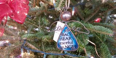 FREE ORNAMENT WITH PURCHASE OF CUT CHRISTMAS TREE!!, Fairfield, Ohio
