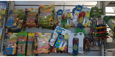 toys and treats for your lovely birds , Manhattan, New York