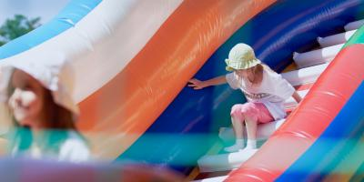 Reasons to Rent an Inflatable Castle for Your Outdoor Party, Long Island, New York