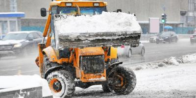 5 Key Reasons to Hire a Professional Snow Removal Service, Anchorage, Alaska
