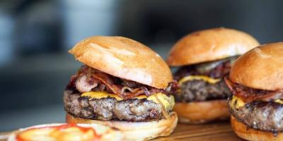 Burgers on the Barbecue: 5 Steps to Perfection, La Crosse, Wisconsin
