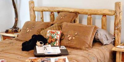 Why Travelers Love The Bear's Den B&B, Page, Arizona