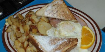 Have Breakfast for Lunch, Dinner, & Breakfast at Wayne's Family Restaurant, Oconto, Wisconsin