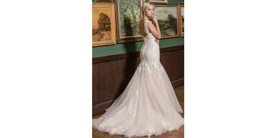 WEDDING DRESSES 45% OFF, Leominster, Massachusetts