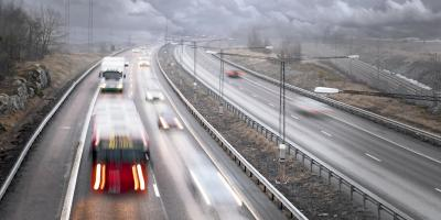 Heavy-Duty Wrecker Service Experts' 3 Tips for Driving in Rain, Delhi, Ohio