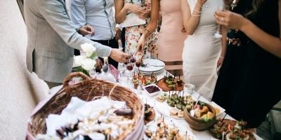 How to Choose Between a Sit-Down Dinner & Buffet for Your Wedding, Ewa, Hawaii