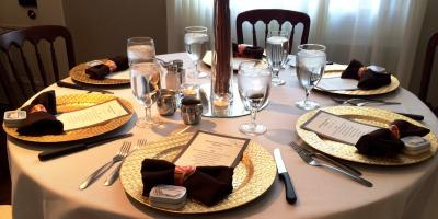4 Tips for Hosting a Summer Event From the Best Catering Company in Cincinnati, Amelia, Ohio