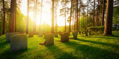What's the Difference Between a Cemetery & a Graveyard?, La Crosse, Wisconsin