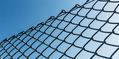 Wood vs. Chain Link Fences: Which Lasts Longer? , Columbia, Missouri
