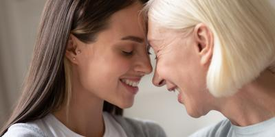 3 Ways to Stay Connected With a Parent in an Assisted Living Community, Upper Arlington, Ohio