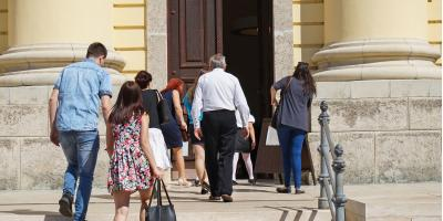 5 FAQ About Sunday Church Service, Cincinnati, Ohio