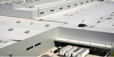 4 FAQs About Commercial Roofing, Cincinnati, Ohio