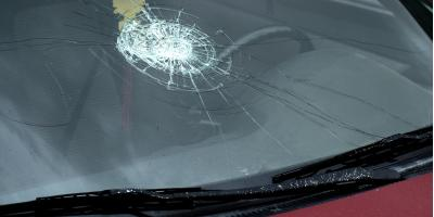 Cracked Glass? Why You Should Get a Windshield Replacement Now, Cincinnati, Ohio