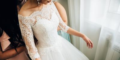 Why It's Best to Hire a Professional for Wedding Photography, Green, Ohio