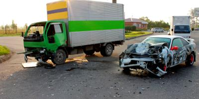 Differences Between Commercial Truck & Car Accident Ligation, Jamestown, New York