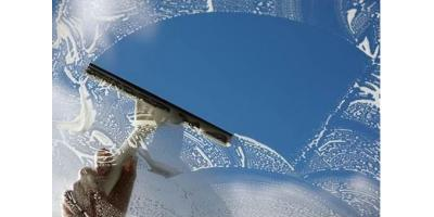 Commercial Cleaning: 3 Benefits of Routine Window Services, Tempe, Arizona