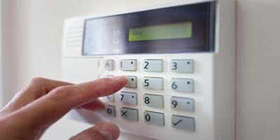 3 Reasons to Call the Professionals for Alarm Installation, Waterford, Connecticut