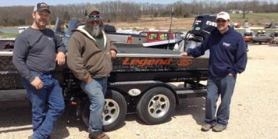 Fishing Boats 101: 3 Reasons to Invest in a Legend SS, Cuba, Missouri