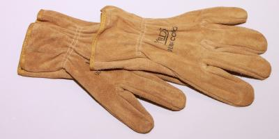 4 Benefits of Owning Deerskin Gloves for Outdoor Activities & Work, La Crosse, Wisconsin