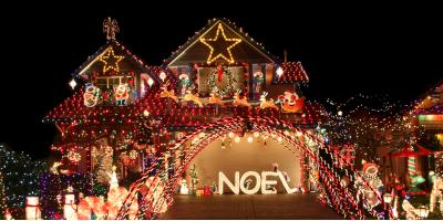 3 Tips to Safely Hanging Holiday Lights on the Roof, Ewa, Hawaii