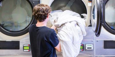3 Benefits of Using Park Avenue Coin Laundry, Including ATM Access, Dothan, Alabama