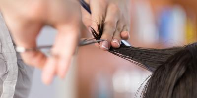 When to Go to the Hair Salon for a Trim, Cincinnati, Ohio