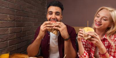 3 Hacks for Staying Clean While Eating Messy Foods, Manhattan, New York