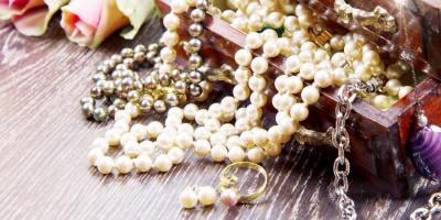 What's the Difference Between Estate, Vintage, and Antique Jewelry?, Honolulu, Hawaii
