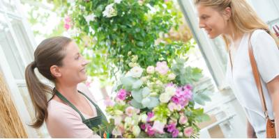 4 Benefits of Buying Flower Arrangements From a Florist Shop, Branford Center, Connecticut