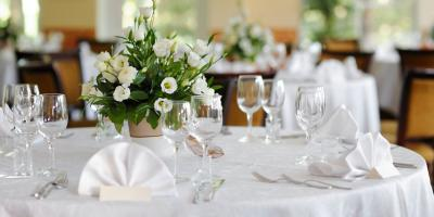Head Table or Sweetheart Table: Which Is Right for Your Wedding Reception? , Lincoln, Nebraska