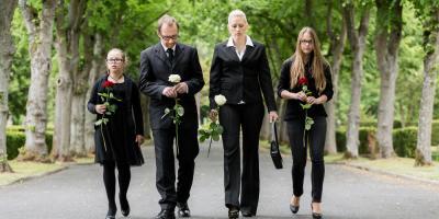 3 Ways Funeral Services Help You Grieve, McDonough, Georgia
