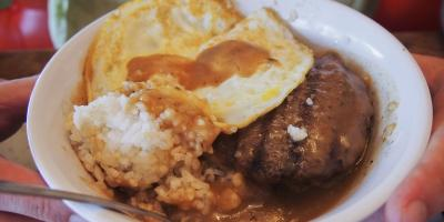 What to Know About the Loco Moco, Kahului, Hawaii
