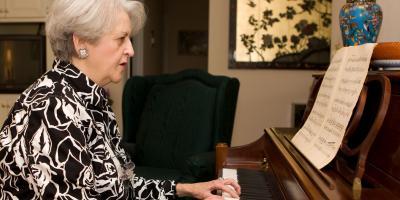 3 Benefits of Playing Piano for Seniors, Anchorage, Alaska