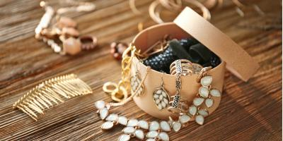 Here's What to Know About Cleaning Vintage Jewelry, Martinsburg, West Virginia