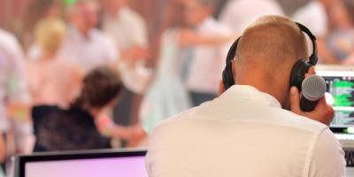 4 Reasons to Hire Royal Entertainment As Your Wedding DJ , South Hackensack, New Jersey