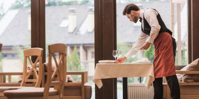 4 Reasons to Include Windows in Your New Restaurant, Waukesha, Wisconsin