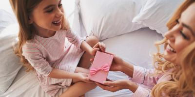 3 Simple Acts of Kindness Children Can Try This Holiday Season, Onalaska, Wisconsin
