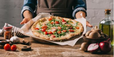 3 Pizza Myths Debunked , Gulf Shores, Alabama