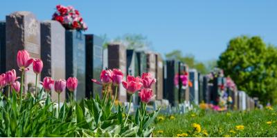 4 Questions to Ask When Commissioning a Granite Memorial, Troy, Pennsylvania