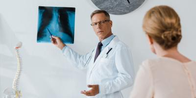What Is the Difference Between a Medical Doctor & a Chiropractor?, Mesa, Arizona