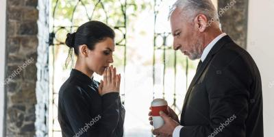 Common Questions About Funeral Etiquette, Wisconsin Rapids, Wisconsin