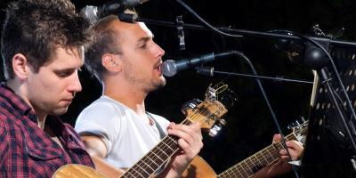5 Reasons to Go to Bars With Live Music, Honolulu, Hawaii