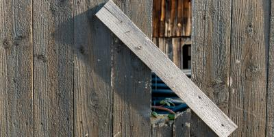 3 Signs It's Time to Replace a Wood Fence, Deep River, North Carolina