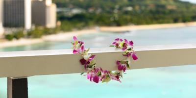 Etiquette Guide for Giving, Receiving & Wearing a Lei, Koolaupoko, Hawaii