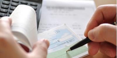 What's the Difference Between a Checking & Savings Account?, Connersville, Indiana