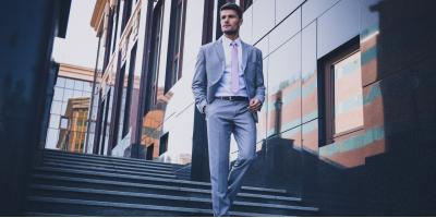 4 Ways to Stay Cool in a Suit During the Summer, New York, New York