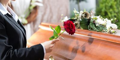 3 Tips to Consider When Sending Funeral Flowers, Guilford Center, Connecticut
