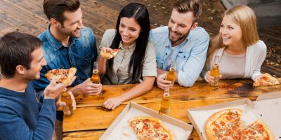 4 Best Drinks to Enjoy with Pizza, Benzonia, Michigan