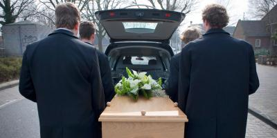 4 Common Stages of a Funeral Service, Stratford, Connecticut