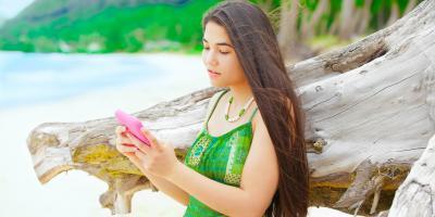 4 Occasions to Wear an Authentic Mu'umu'u, Honolulu, Hawaii